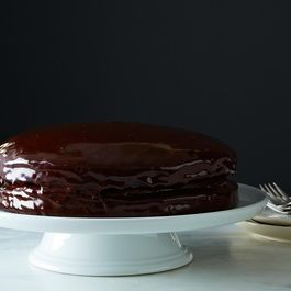 Vegan Chocolate Layer Cake with Creamy Chocolate Filling