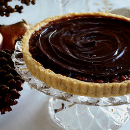 Chocolate_pecan_tart__maureen_abood