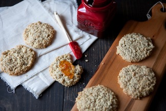 Scottish_oatcakes_3