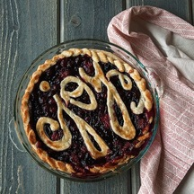 Holiday Cranberry Strawberry Pie