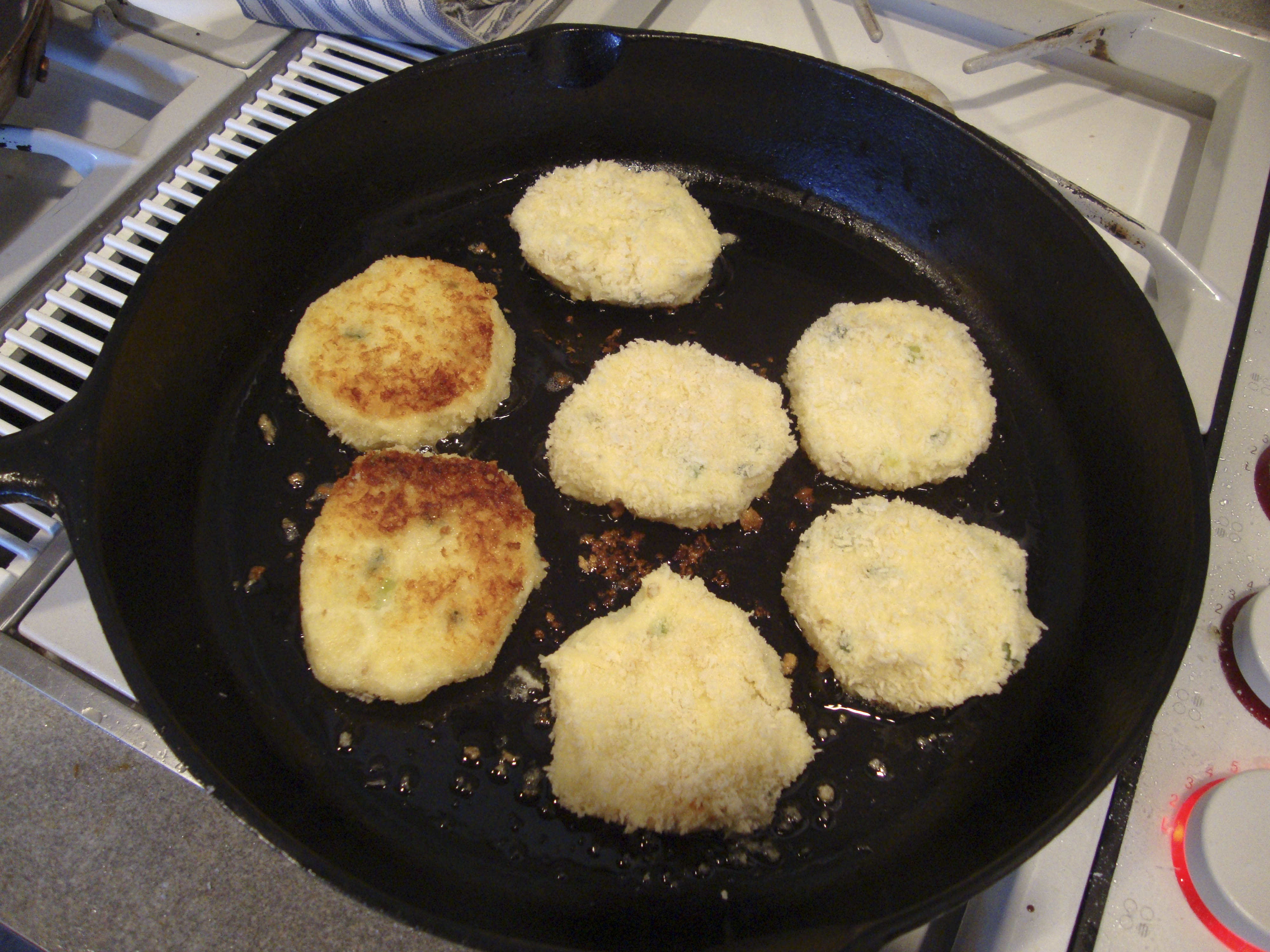 parmesan cheese mashed potato cakes with scallions and parmesan cheese ...