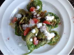 Craclking Spinach aka Palak Chaat