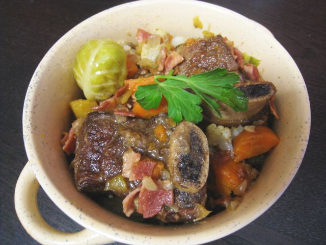 Cinnamon Braised Short Ribs with Seasonal Vegetables