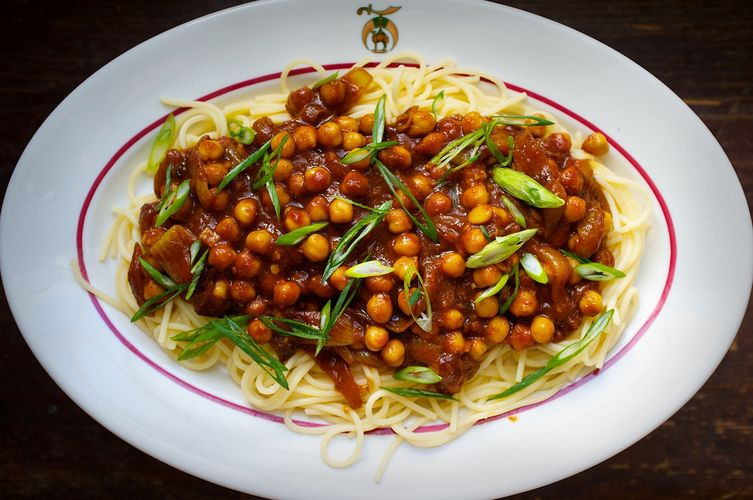 Spicy Chickpea and Sour Tomato Curry with Noodles