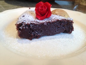 Flourless Chocolate Almond Cake (Gluten-Free)