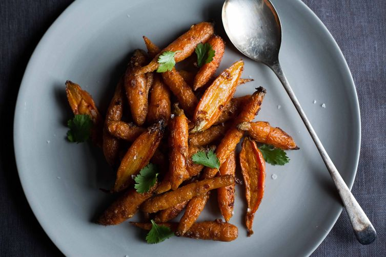 Steam-Roasted Carrots with Cumin