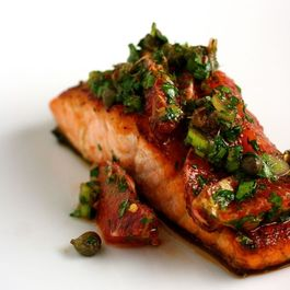 Agave-crusted_salmon_with_blood_orange_salsa_verde