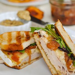 Turkey__brie___peach_panini4