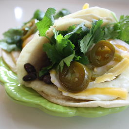 Bean_fried_egg_taco