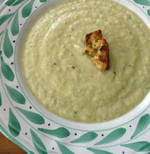 Leek_cauliflower_soup_medium