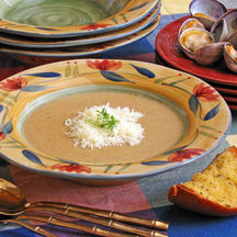 Garlic Bread Soup with Clams