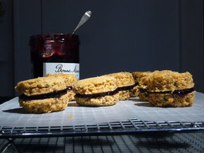 Lavender Linzer Macaroons