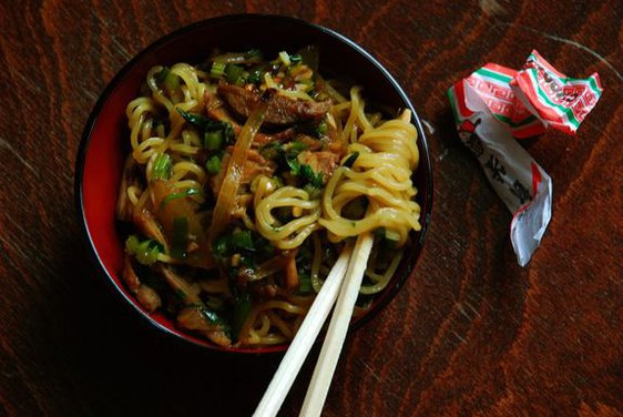 Shredded Pork and Celery Lo Mein