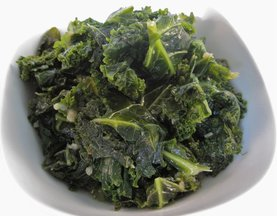Garlicky Wilted Kale (with a dash of Nutmeg)