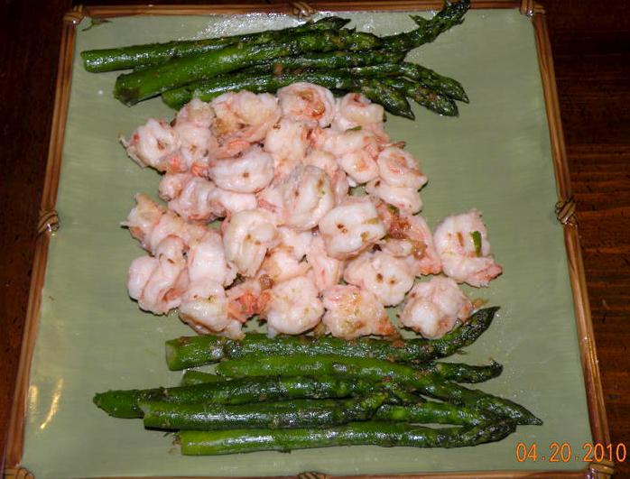 Lucy's Garlic Sauteed Prawns with Asparagus