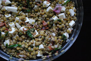 Lentil Salad with Mozzarella and Bacon