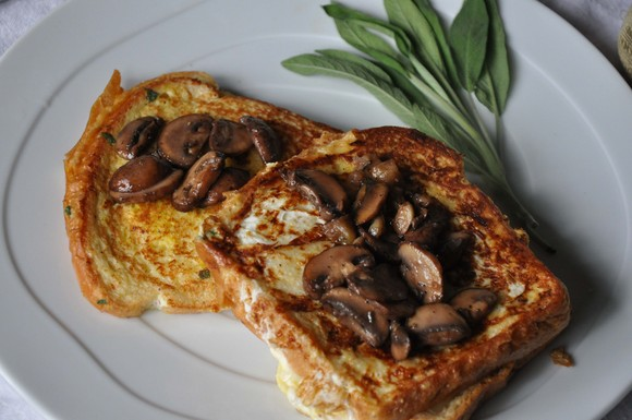 Gruyere_french_toast