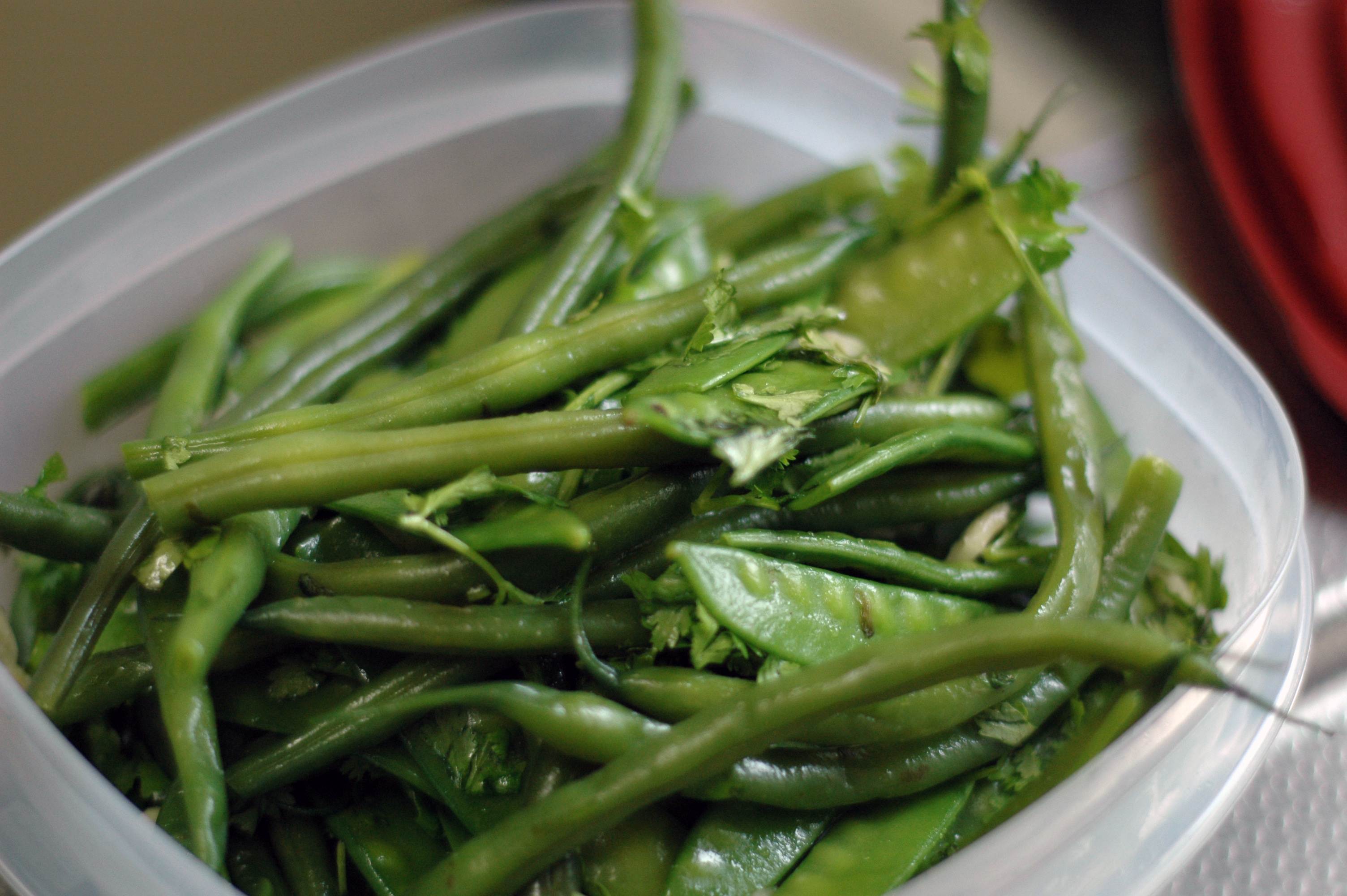 Five-ingredient green bean salad