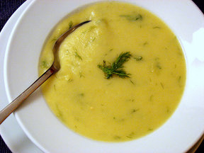 Potato_leek_soup_with_cheddar_and_dill