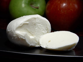 Cheese_07_bg_042906-1