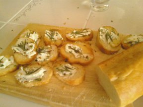 Rosemary & Goat Cheese Crostini