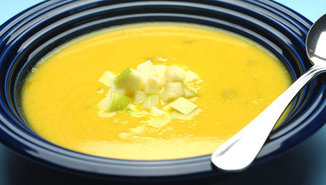 Creamy_yellow_squash_and_apple_curry_soup_with_toasted_coconut