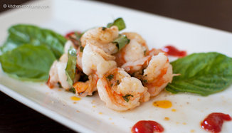 Grilled Shrimp Packets with Basil, Garlic and Red Curry Compound Butter