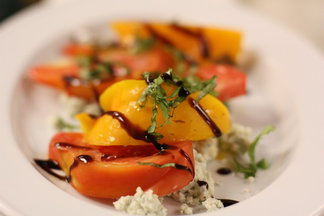 Heirloom_tomato_salad
