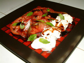 Heirloom_tomatoes_salad_copy