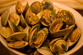 Littleneck Clams with Sherry, Garlic and Smoked Paprika