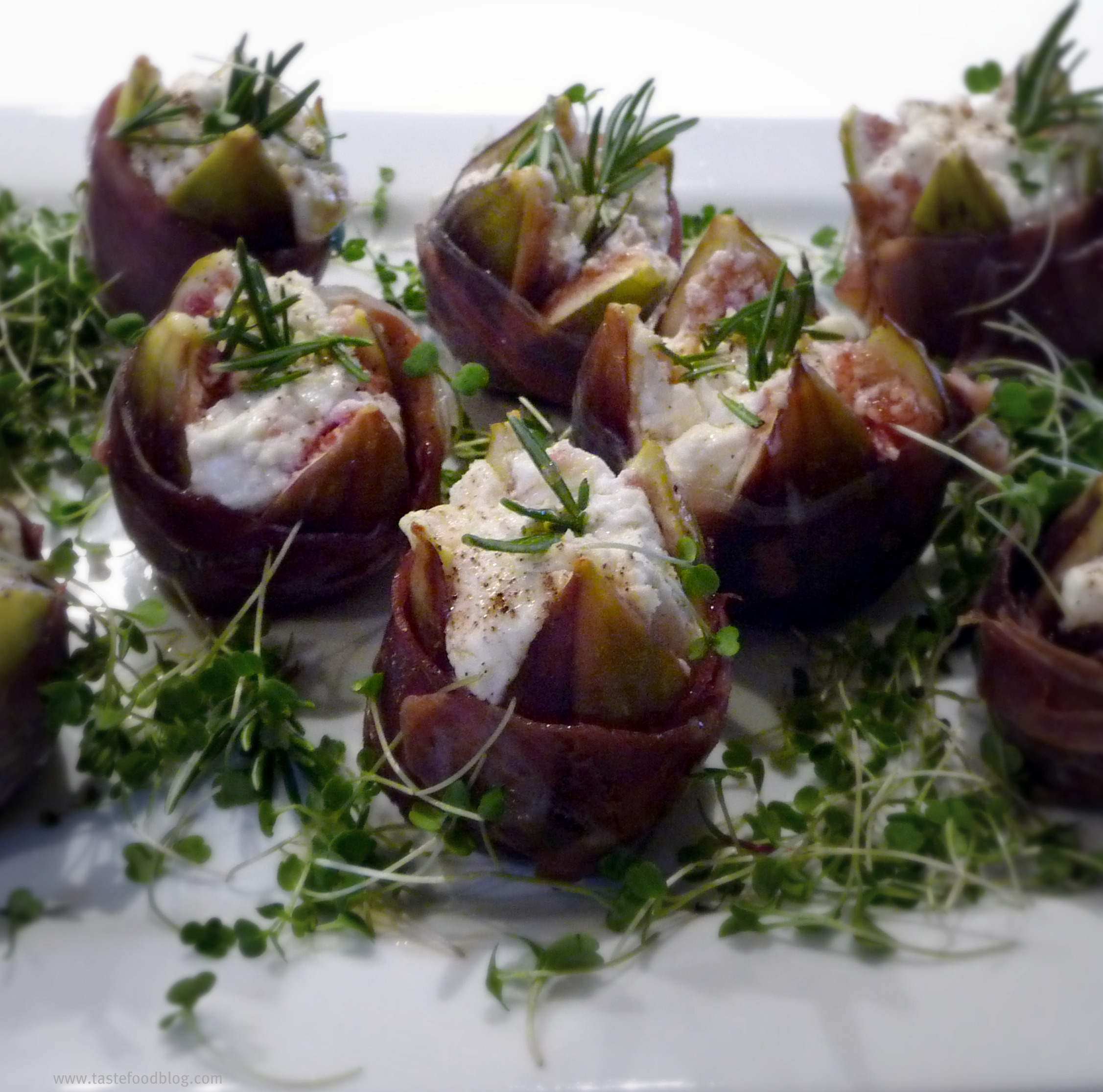 Stuffed Figs with Goat Cheese and Prosciutto