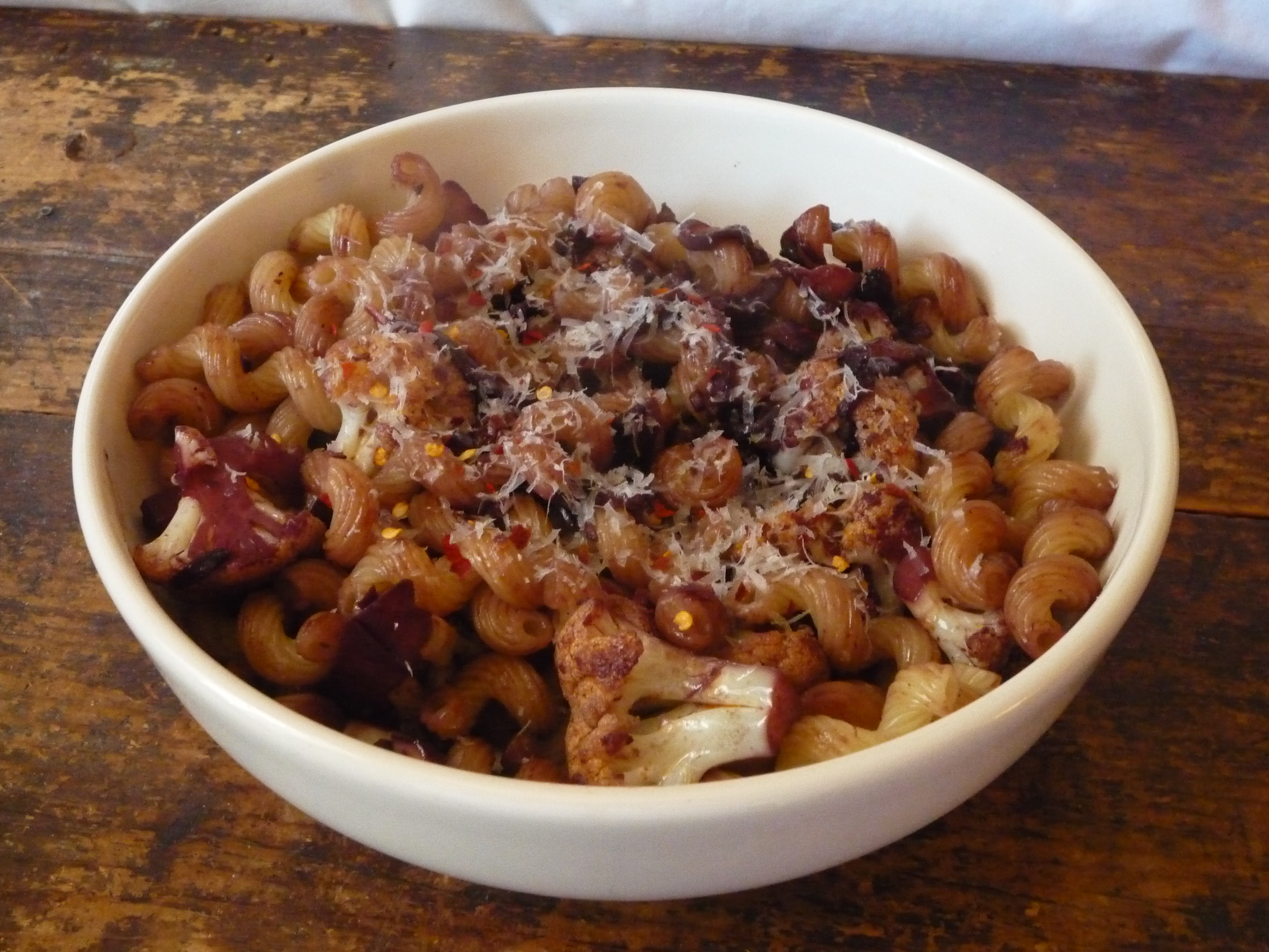 Pasta with Cauliflower and Red Wine