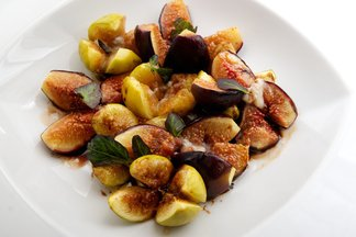 Balsamic Roasted Figs with Gorgonzola Dolce