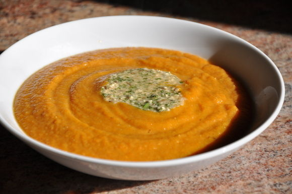 Dal_and_carrot_soup_123010