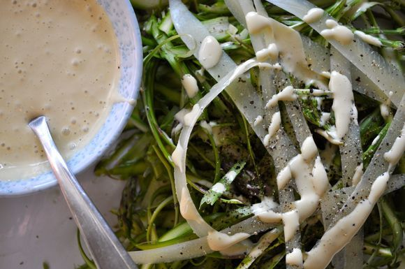 Shaved_asparagus_with_salty_garlic_aioli