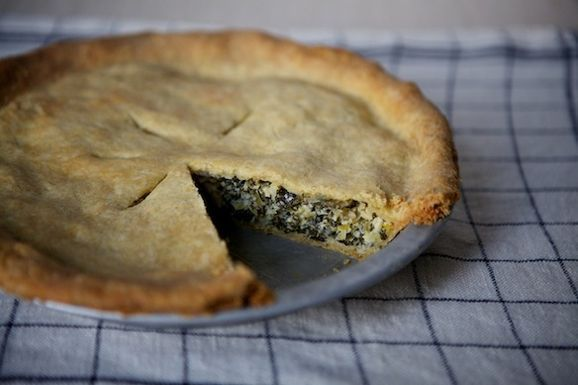 Leek_and_greens_tart_with_cornmeal_crust