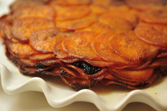 Sweet_potatoes_anna_with_prunes