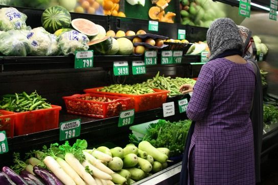 Produce_shopping