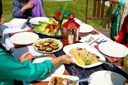 Big_feast_table_shot