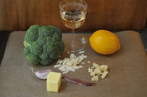 Roasted_bagna_cauda_broccoli