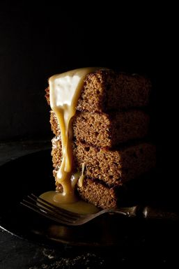 Saveur_sticky_toffee_pudding