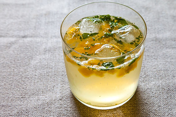 Minty_peach_cooler
