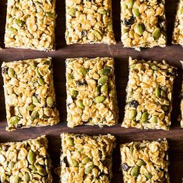 5-Minute, No-Bake Granola Bars