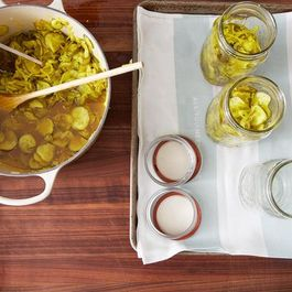 2013-0719_canning-pickles-032