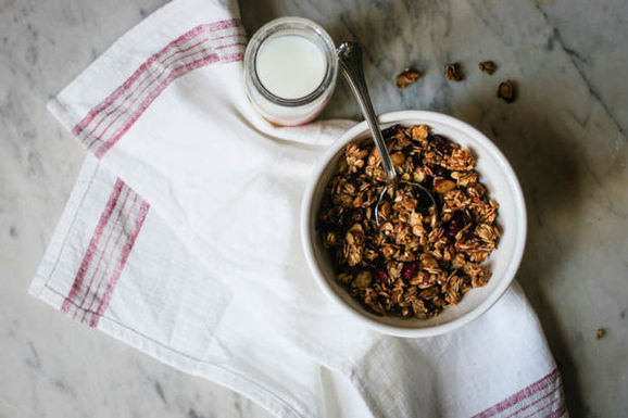 Homemade_granola-2-1