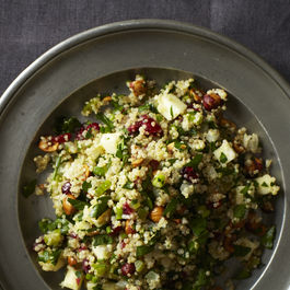 2013-1015-wildcard-quinoa-salad-with-hazelnuts-apple-and-dried-cranberries-007