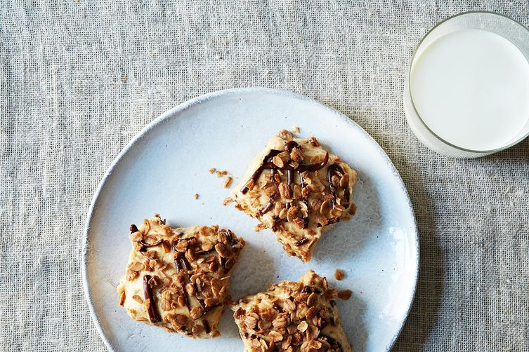 2014-0218_jenny_granola-peanut-butter-icebox-bars-018