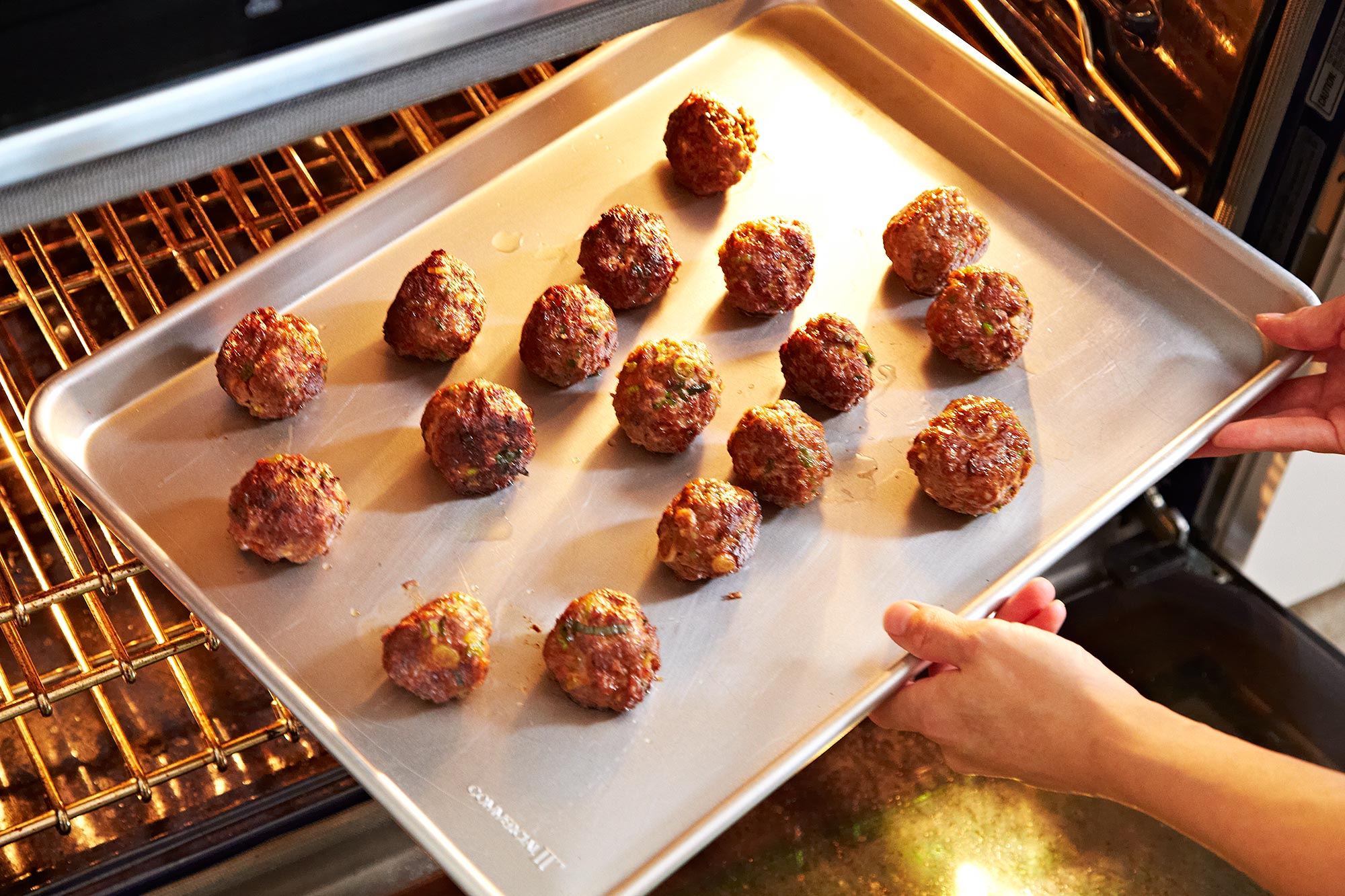 2013-0924_finalist_spicy-meatballs-459
