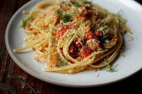 Linguine with Sardines Tomato and Fennel