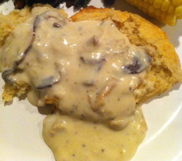 Creamy Country Mushroom Gravy